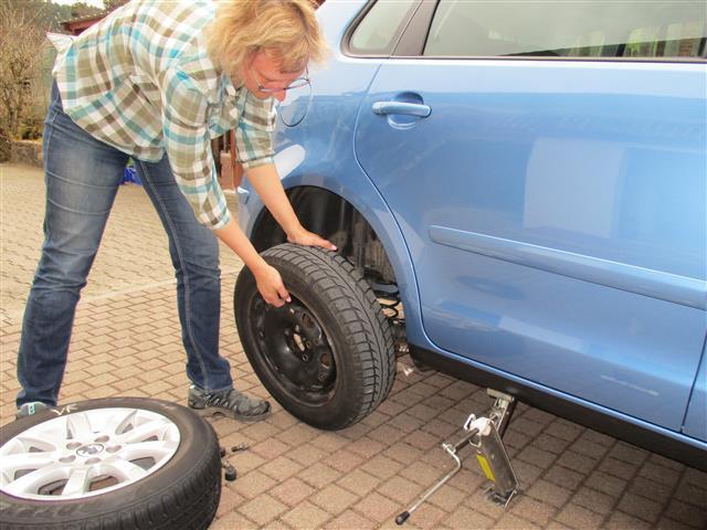 Reifen wechseln (15)